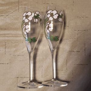 2 Perrier Jouet French champagne flutes